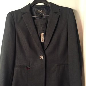 Women's Suit NWT Size 14
